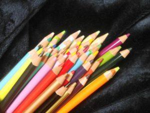 ホルベインの色鉛筆 ①